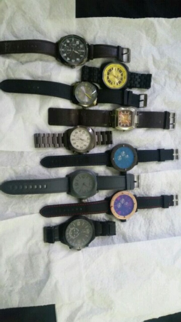assorted color analog watch lot