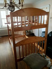Bunkbed Solid Pine excellent condition  Toronto, M4N 1S9