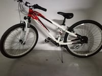 blanco Monty hardtail mountain bike Vigo