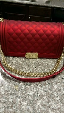 New red handbag purse