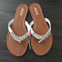 New size 7 sandals with crystals