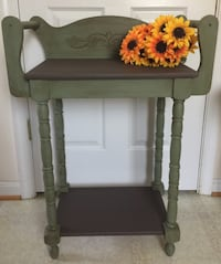 Vintage washstand with 2 towel bars Front Royal, 22630