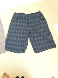 Lululemon shorts for man size XL.... $ 20.- each Middlesex Centre, N0L 1R0