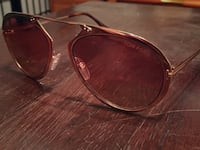 Authentic Tom Ford sunglasses Los Angeles, 91602