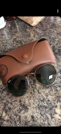 silver framed Ray-Ban aviator sunglasses with case Minot, 58701