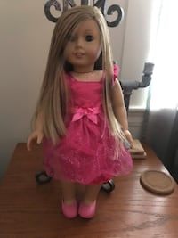 American girl doll excellent condition Somerville, 02145
