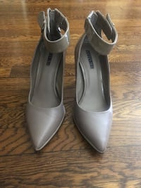 "Heels ""Kenneth Cole"""