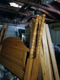 King size Solid Wood bed frame in great condition very sturdy $90 OBO  Riverside, 92503