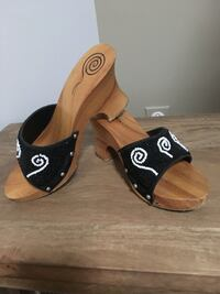 Shoes made of wood and beads; size 6.5 US or 37 EU Waterloo, N2K 3X9