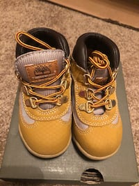 Timberland Field Boot Size 6.5  Metairie, 70005