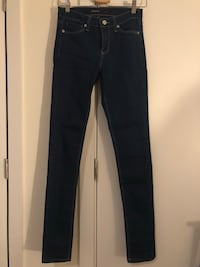 Women's size 3 skinny jeans New York, 11377