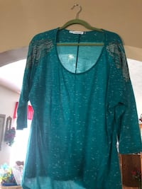 Plus size maurices shirt  Corbin, 40701