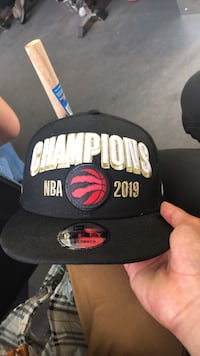 Trade in for daddys hat thnks or sell for 60 Toronto, M5R 3G2