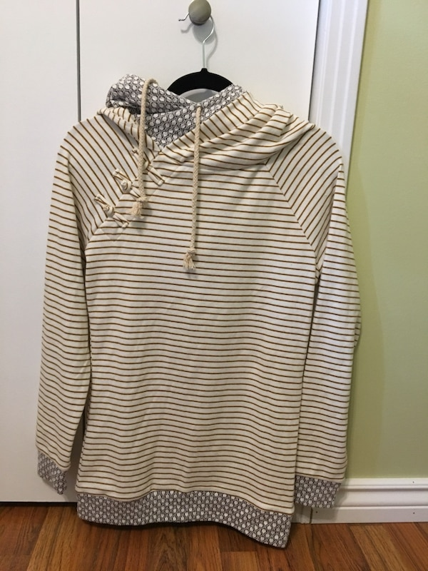 New double hoodie size small