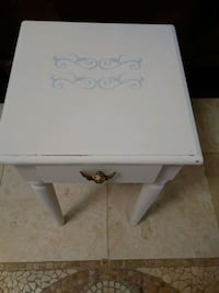 Cute side table with angel pull knob.  Cape Coral, 33993