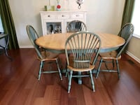Two-Tone Distressed Solid Wood Pedastal Table Quakertown, 18951