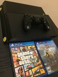 PS4 w/ GTA:V & GOD OF WAR Suitland, 20746