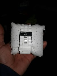 Men's white diesel watch