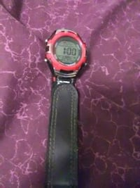 round black and red digital watch Memphis, 38125