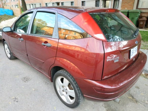 2007 Ford Focus SES excellent condition no rust ma 69815d1d-dcfa-4800-bf23-ed273a6f8423