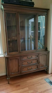 China Hutch Cabinet and Buffet New Market, 21774