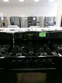 GE gas stove and electric oven