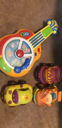 Toddler guitar and cars  Markham, L6C 0K8