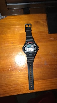 black CASIO G-SHOCK digital watch 368 mi
