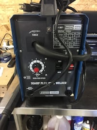 Mig Welder 90 amp 110 volt like new Novi, 48377
