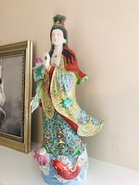 Chinese porcelain guanyin North Vancouver, V7N 3A7
