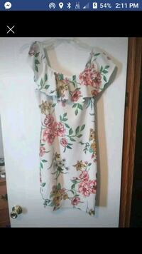 white and pink floral sleeveless dress 98 mi
