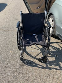 Gently used wheelchair. Includes attachable legs as well- not pictured  40 km