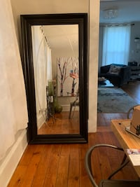 Large leaning wall mirror black Chicago, 60622