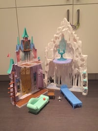 Mattel Elsa Frozen Ice castle Washington, 20010