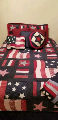 king quilt with 2 shams and 2 throw pillows Oklahoma City