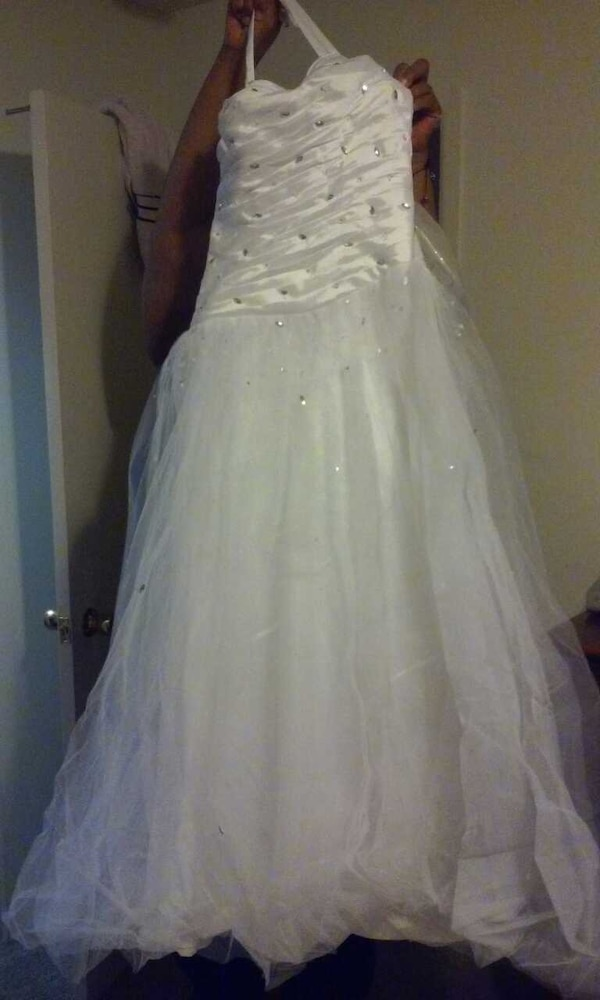 Used Prom Dress For Sale In Dearborn Heights Letgo