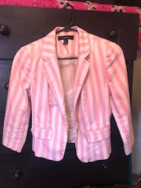 Pink and white stripe dress shirt Bakersfield, 93304