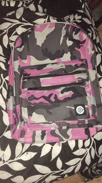 pink, white, and grey camouflage backpack Des Moines, 50316