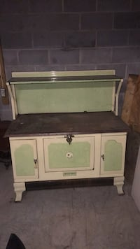 Antique cook stove  South Bend. Reasonable offers Pine Grove township, 17963