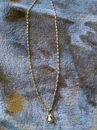 Authentic gold chain with pearl in nuget