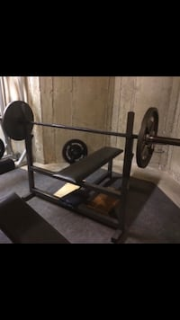Parabody flat bench! Heavy lifter!! Bench only