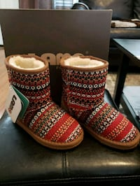 Brand  New kid boots from Kohls. SIZE 13. $25.  Boise, 83704