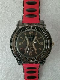 Large Black and Red Watch Runs Goodyear, 85395