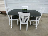 Table with 4 Chairs Clarksville, 37040