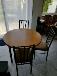 Table and chairs for sale Rodenbach, 67688