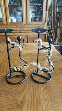 two black metal candle holders Gary, 46404