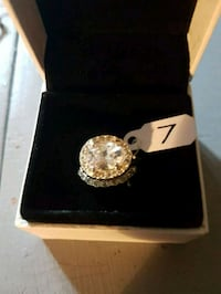 Beautiful 2 PC pave ring Whitby, L1N 8X2