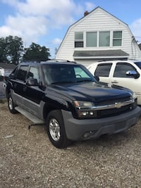 Chevrolet - Avalanche - 2002 financing available  Centereach, 11720