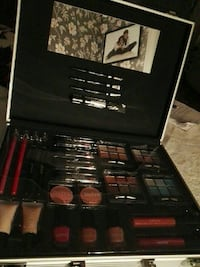 Totalt makeup kit med speil NY!!