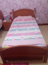 pink and white bed sheet Mississauga, L5M 6K8